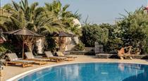 Marillia Village, hotels in Perivolos