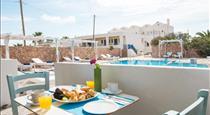 Odysseas Hotel, hotels in Perivolos