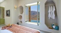 Aeon Suites, hotels in Pyrgos