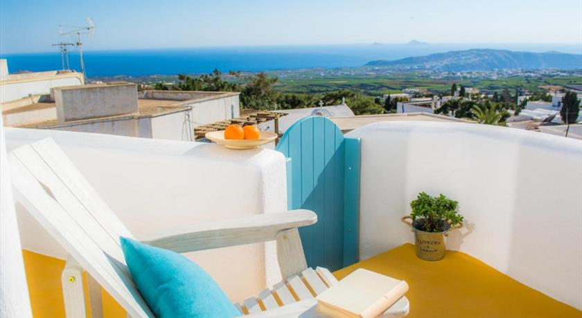 Calliope House, Hotel in Pyrgos, Greece - Santorini View