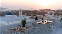 Captain's Luxury Residence, hotels in Pyrgos