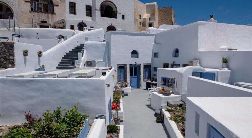 LABYRINTH TRADITIONAL HOUSES in Santorini - 2019 Prices,Photos,Ratings - Book Now