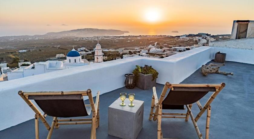 REFLECTION CAVE HOUSE in Santorini - 2019 Prices,Photos,Ratings - Book Now