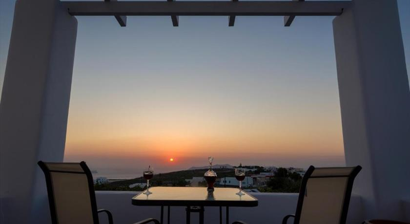 SUN VIEW VILLAS in Santorini - 2019 Prices,Photos,Ratings - Book Now