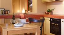 Voreina Gallery Suites, hotels in Pyrgos