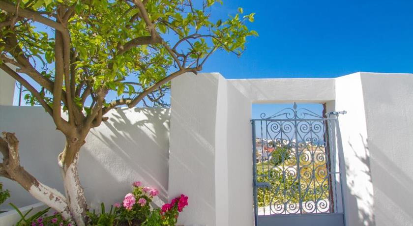THE LEMON TREE HOUSE in Santorini - 2019 Prices,Photos,Ratings - Book Now