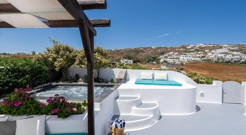 EAST SIDE VILLA in Santorini - 2019 Prices,Photos,Ratings - Book Now