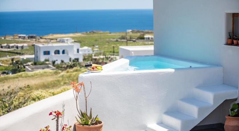 EVITA GUESTHOUSE,HEATED JACUZZI,SEA VIEW in Santorini - 2021 Prices,Photos,Ratings - Book Now