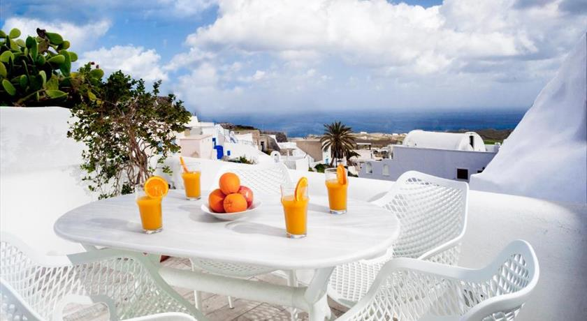 Spilies by Thireas, Hotel in Vourvoulos, Greece - Santorini View