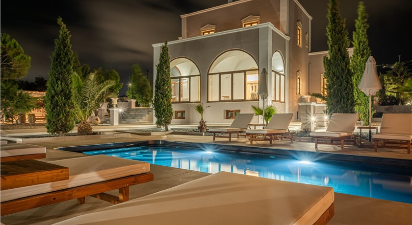 VILLA LEON in Santorini - 2019 Prices,Photos,Ratings - Book Now