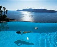 Santorini hotels in top ten pools