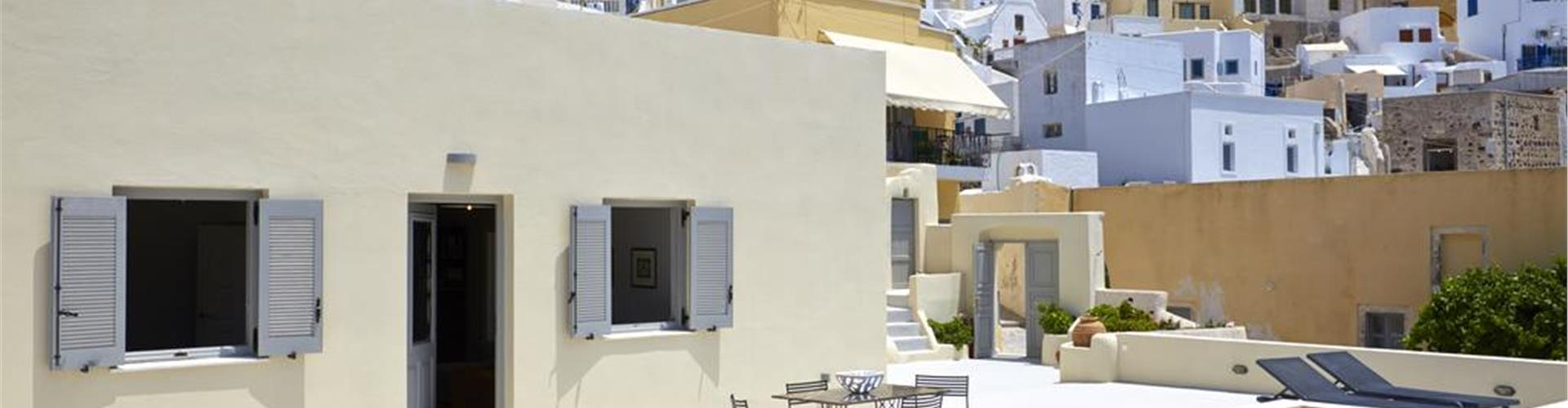 Photo of Pyrgos Houses by Voreina
