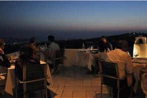 Selene Restaurant - Restaurants - Santorini