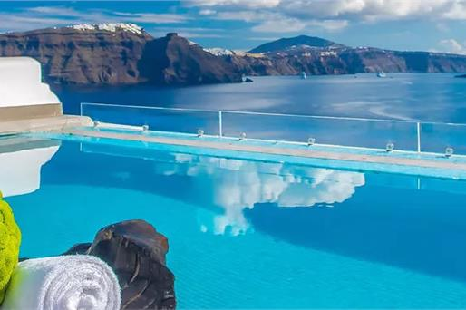 Santorini Hotels with Swimming Pools