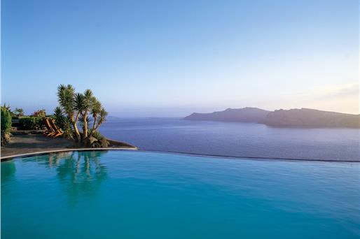 Santorini 5 Star Hotels