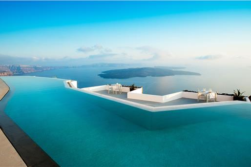 Santorini Hotels with a View on the Caldera