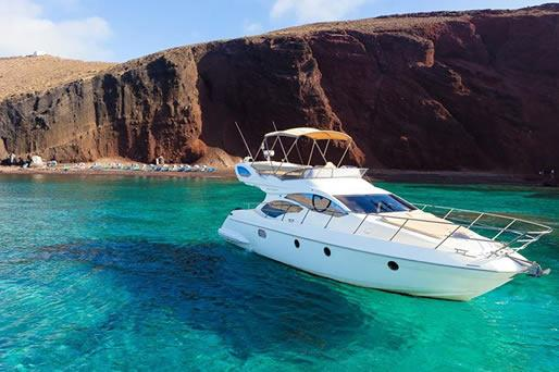 Yacht Cruises in Santorini