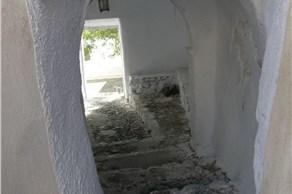 The castle of Pyrgos - Castles - Santorini